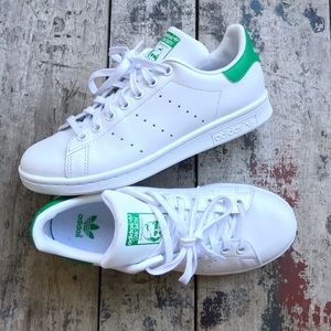Adidas Stan Smith sz7 Women's